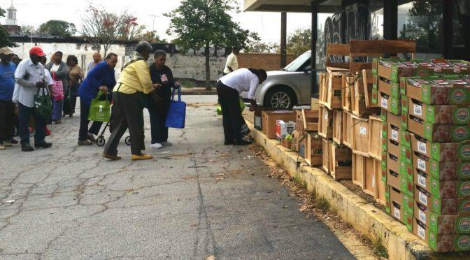Wspieraj autonomiczne rozdawanie jedzenie w Atlancie [USA]
